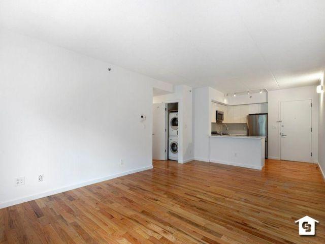 2 BR,  2.00 BTH Condominium style home in Cobble Hill