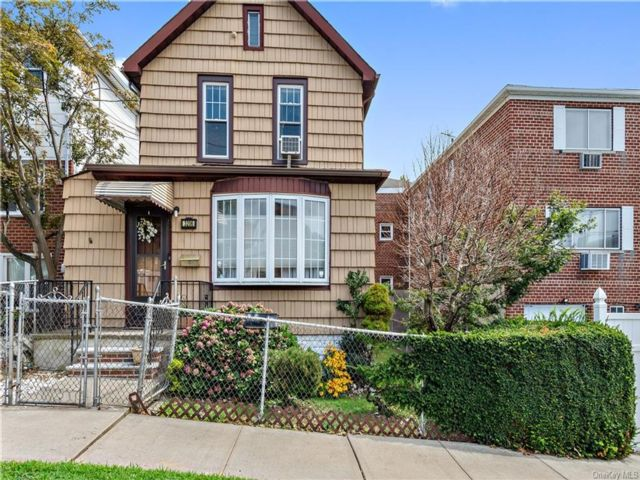 [Throggs Neck Real Estate, listing number 6963788]