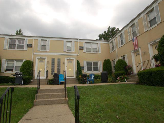 [Bellerose Real Estate, listing number 6963998]