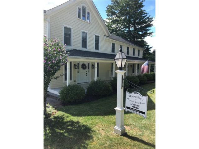 7 BR,  4.00 BTH  Farmhouse style home in Wawarsing