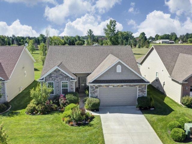 3 BR,  2.00 BTH Villa style home in Perrysburg