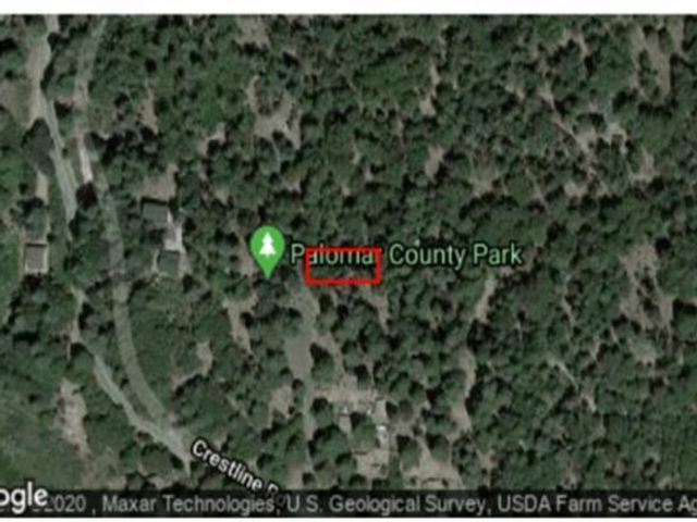 Lot <b>Size:</b> 4,000-7,499 SF Land style home in Valley Center