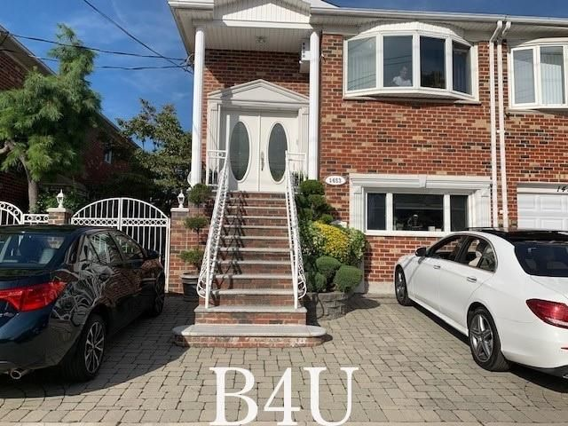 5 BR,  3.00 BTH Multi-family style home in Bergen Beach