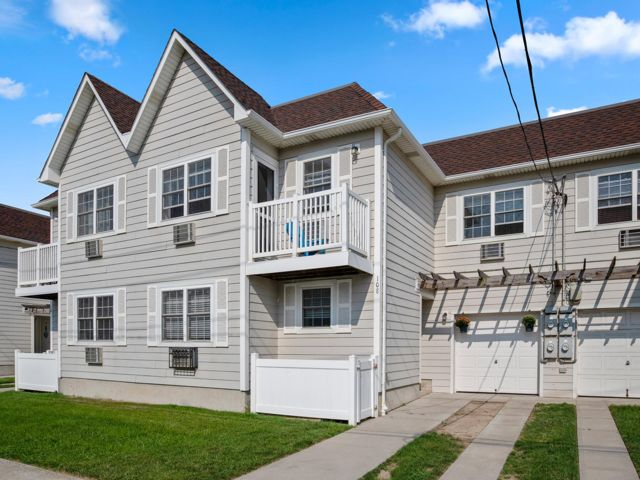 [Arverne Real Estate, listing number 6965650]