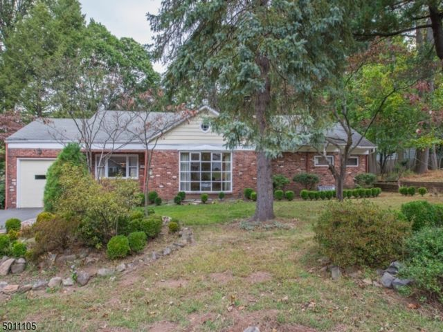 3 BR,  1.50 BTH  Ranch style home in West Orange