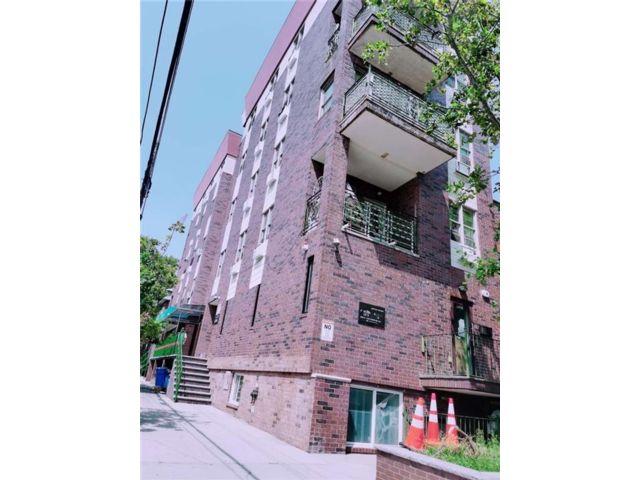 2 BR,  1.00 BTH Condominium style home in Boro-park
