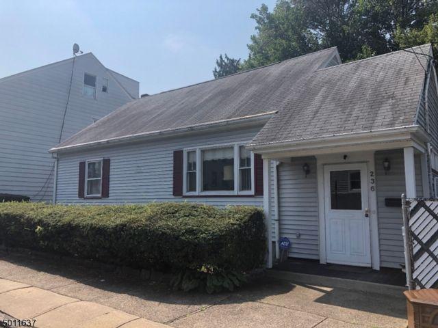3 BR,  2.00 BTH Cape cod style home in Paterson