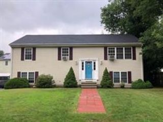 3 BR,  2.00 BTH Split style home in Worcester