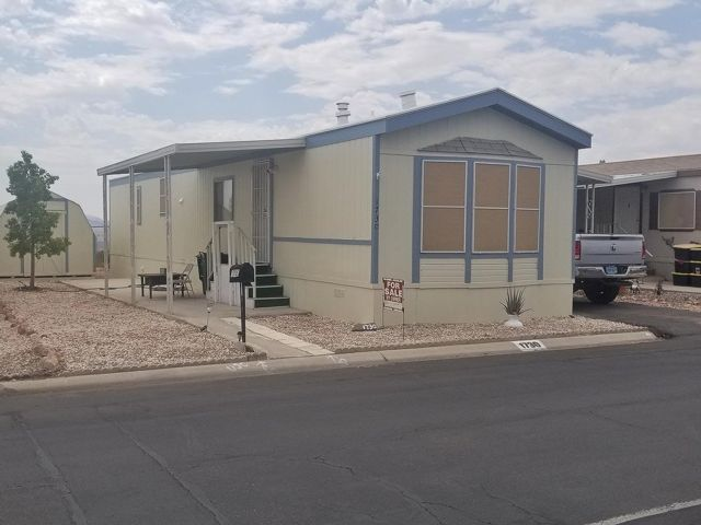 2 BR,  1.50 BTH  Mobile home style home in Boulder City