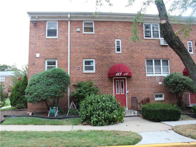 1 BR,  1.00 BTH Garden apartmen style home in New Rochelle