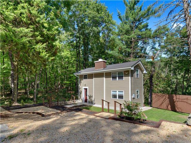 [La Grange Real Estate, listing number 6966570]