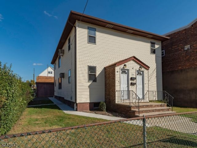 2 BR,  1.00 BTH House style home in Garfield