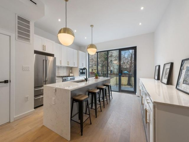 7 BR,  4.50 BTH Commercial style home in Bedford Stuyvesant