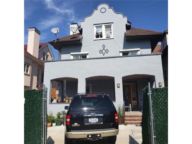 15 BR,  5.00 BTH Multi-family style home in Sheepshead Bay
