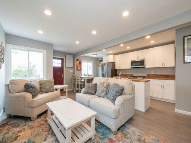 2 BR,  2.00 BTH  style home in Arverne
