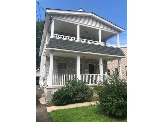 4 BR,  2.00 BTH 2 story style home in Nutley