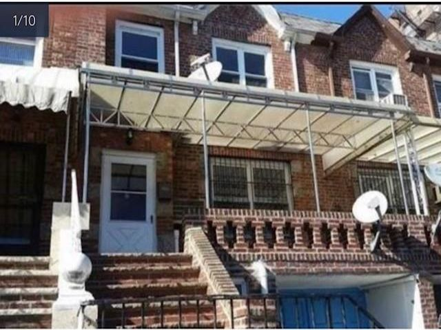 3 BR,  2.00 BTH Single family style home in Briarwood