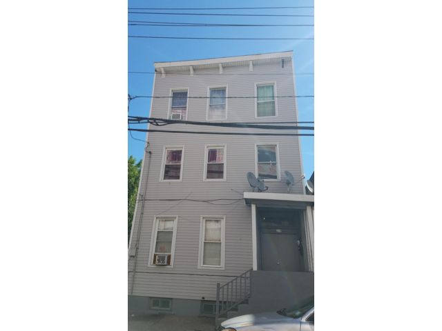 [Paterson Real Estate, listing number 6967437]