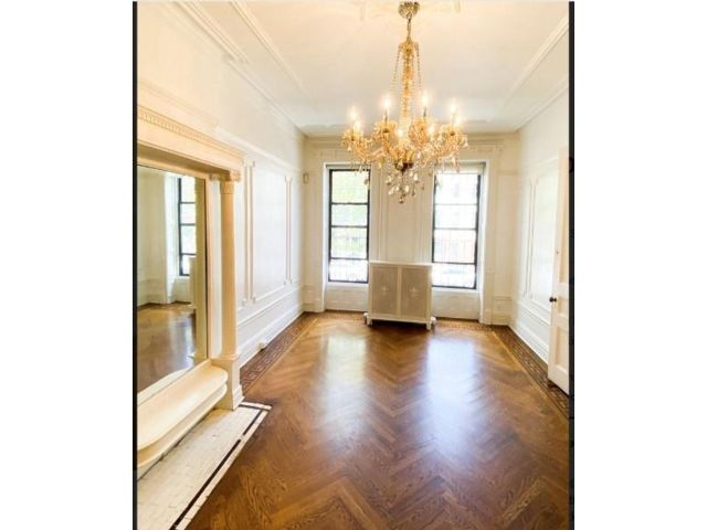 8 BR,  0.00 BTH Multi-family style home in Bedford Stuyvesant
