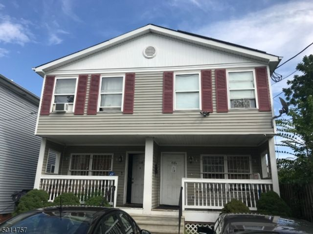 6 BR,  2.55 BTH  Multi-family style home in Newark