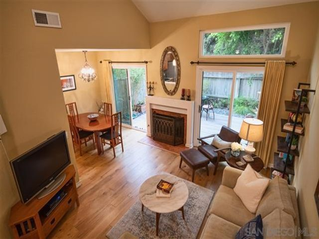 2 BR,  2.50 BTH  style home in Carmel Valley