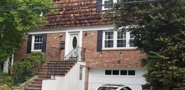3 BR,  1.00 BTH  Apartment style home in Eastchester