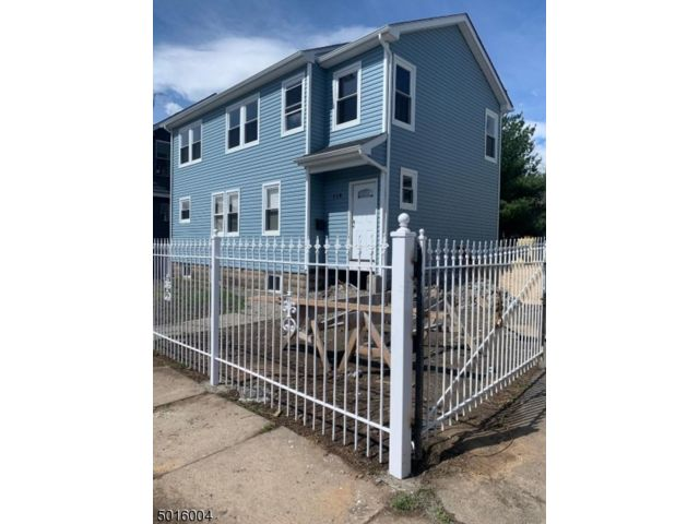 3 BR,  4.00 BTH Colonial style home in East Orange