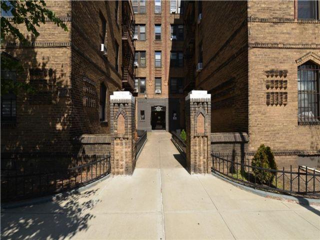 2 BR,  1.00 BTH Condominium style home in Bensonhurst