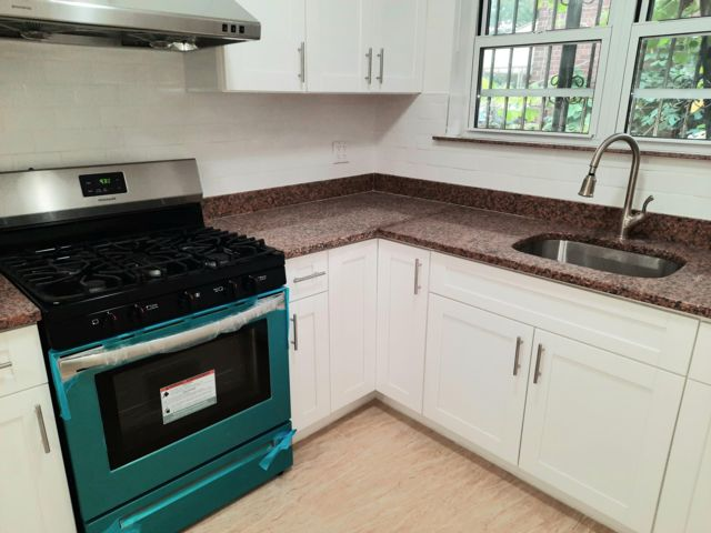 1 BR,  1.00 BTH Apartment style home in Gravesend