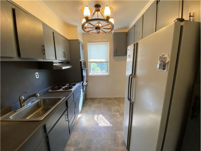 1 BR,  1.00 BTH  style home in Port Chester