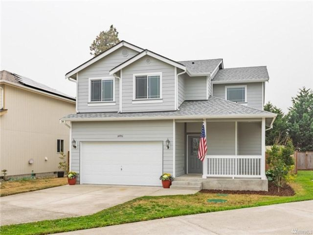 4 BR,  2.50 BTH  2 story style home in Yelm