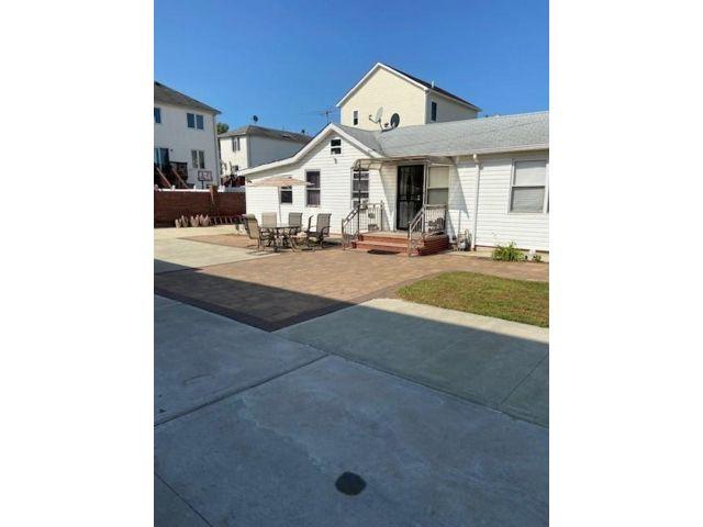 [Midland Beach Real Estate, listing number 6969105]