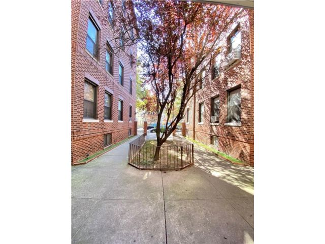 2 BR,  1.00 BTH  Co-op style home in Bensonhurst