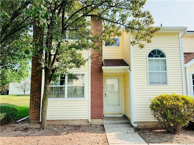 2 BR,  3.00 BTH  Townhouse style home in Middletown