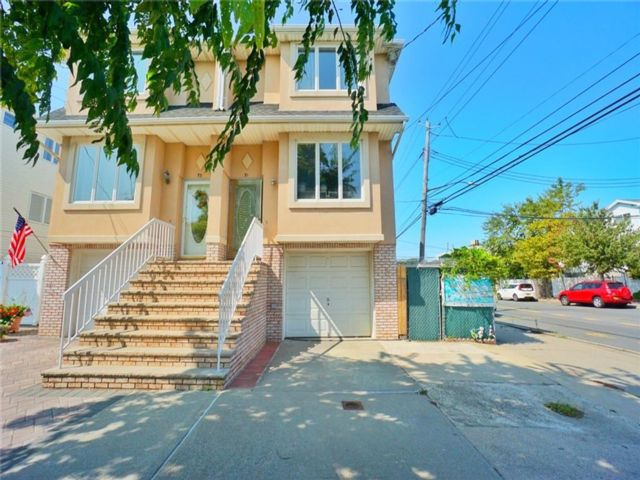 [Midland Beach Real Estate, listing number 6969209]