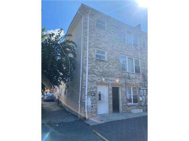[Bayswater Real Estate, listing number 6969356]