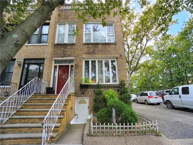 [Dyker Heights Real Estate, listing number 6969553]