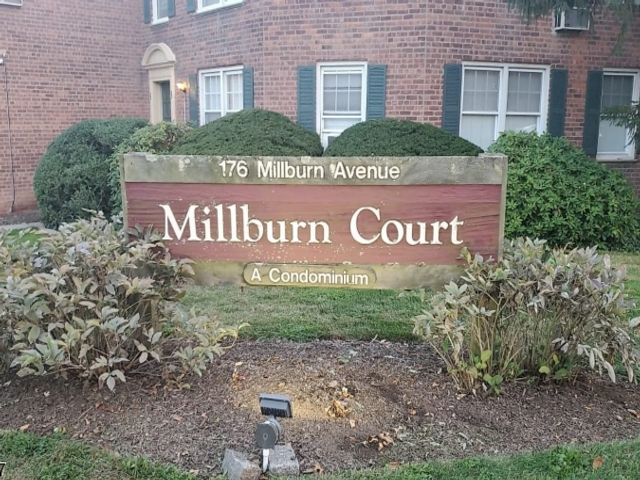 1 BR,  1.00 BTH House style home in Millburn