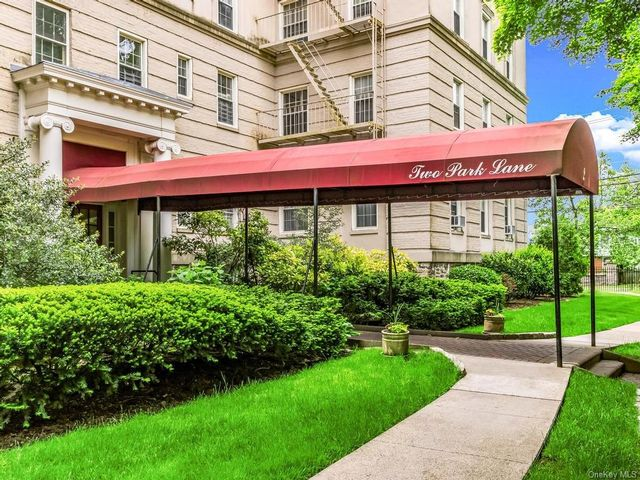 2 BR,  1.00 BTH High rise style home in Mount Vernon