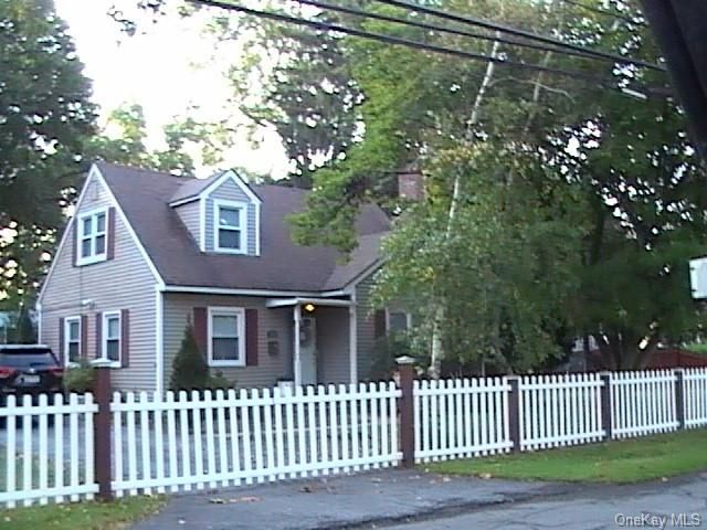 4 BR,  2.00 BTH Cape style home in Middletown