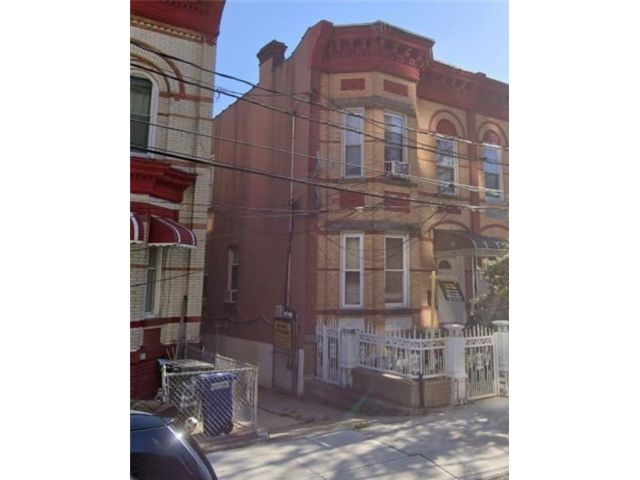 5 BR,  3.00 BTH  Multi-family style home in East Flatbush