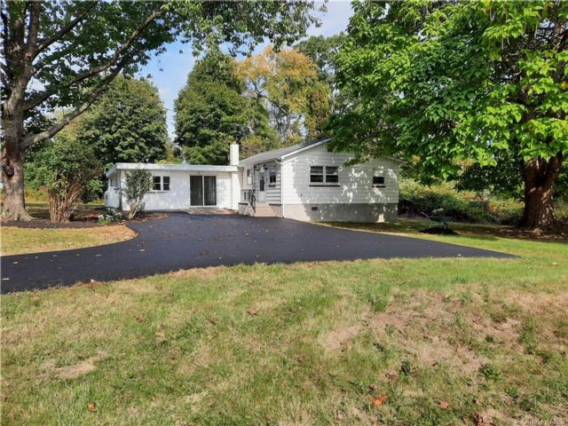 2 BR,  2.00 BTH Ranch style home in Cornwall