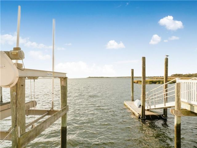 3 BR,  1.00 BTH Single family style home in Broad Channel