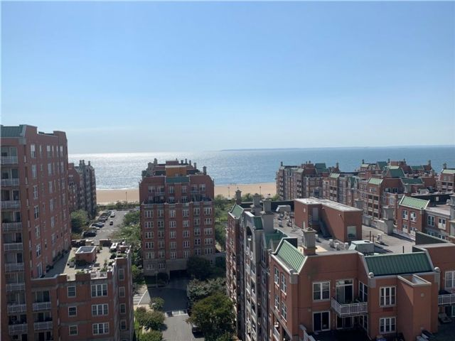2 BR,  2.00 BTH  Condominium style home in Brighton Beach