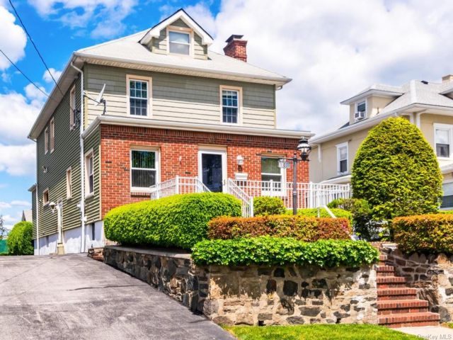 [Yonkers Real Estate, listing number 6970849]