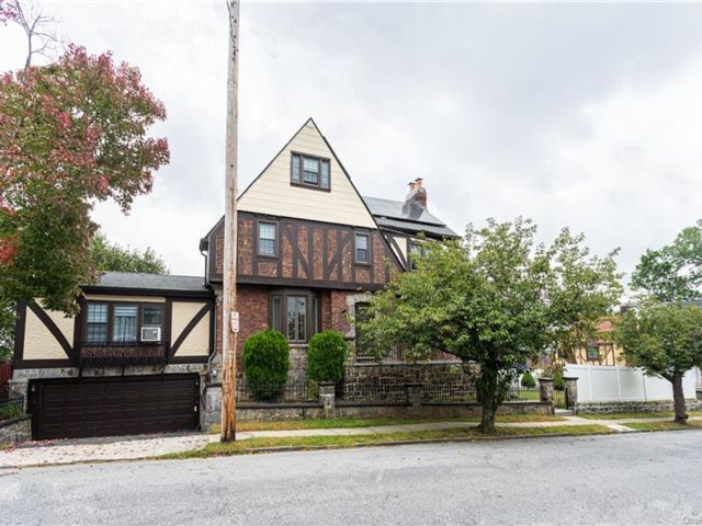 3 BR,  3.00 BTH  Tudor style home in Yonkers