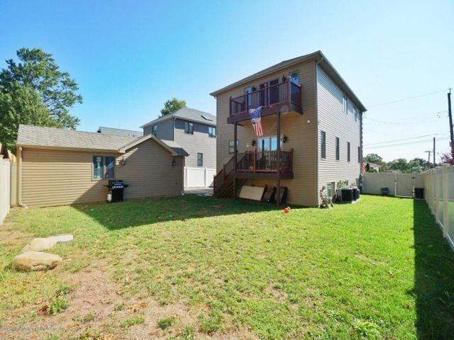 [Annadale Real Estate, listing number 6970915]