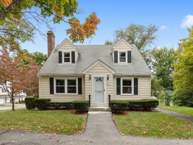 3 BR,  2.00 BTH Cape style home in Worcester
