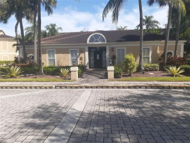 2 BR,  2.00 BTH  style home in Coral Springs