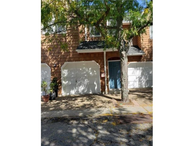 1 BR,  2.00 BTH  style home in Croton On Hudson